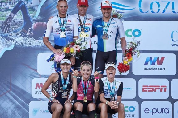28 november 2016 – Michelle Versterby victory at Ironman® in Cozumel
